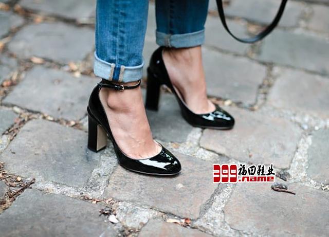 皮鞋褶皱 运动鞋洗不干净 皮鞋无光泽 各种鞋子保养技巧