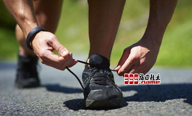 为啥你的跑鞋不耐穿,如何保养延长跑鞋寿命?