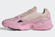 "adidas Originals Falcon 全新配色""Icey Pink""于 8 月 8 日登陆 adidas 官网及各大精选零售商"