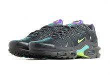 Nike Air Max Plus铁灰色配虹彩亮点 货号:CV1636-001